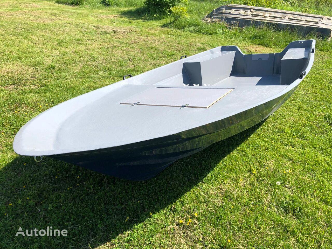 bateau Fiberglass boat