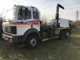 camion ampliroll MERCEDES-BENZ 2038