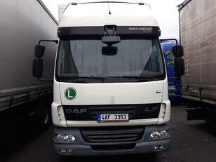 camion bâché DAF LF 45 180