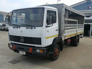 camion bâché MERCEDES-BENZ 814 C. CORTA