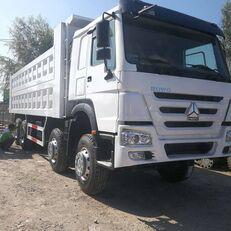 camion-benne SINOTRUK Howo 8×4