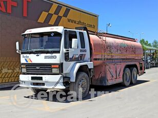 camion-citerne FORD 1997 CARGO 2520 WATER TRUCK / TANKER