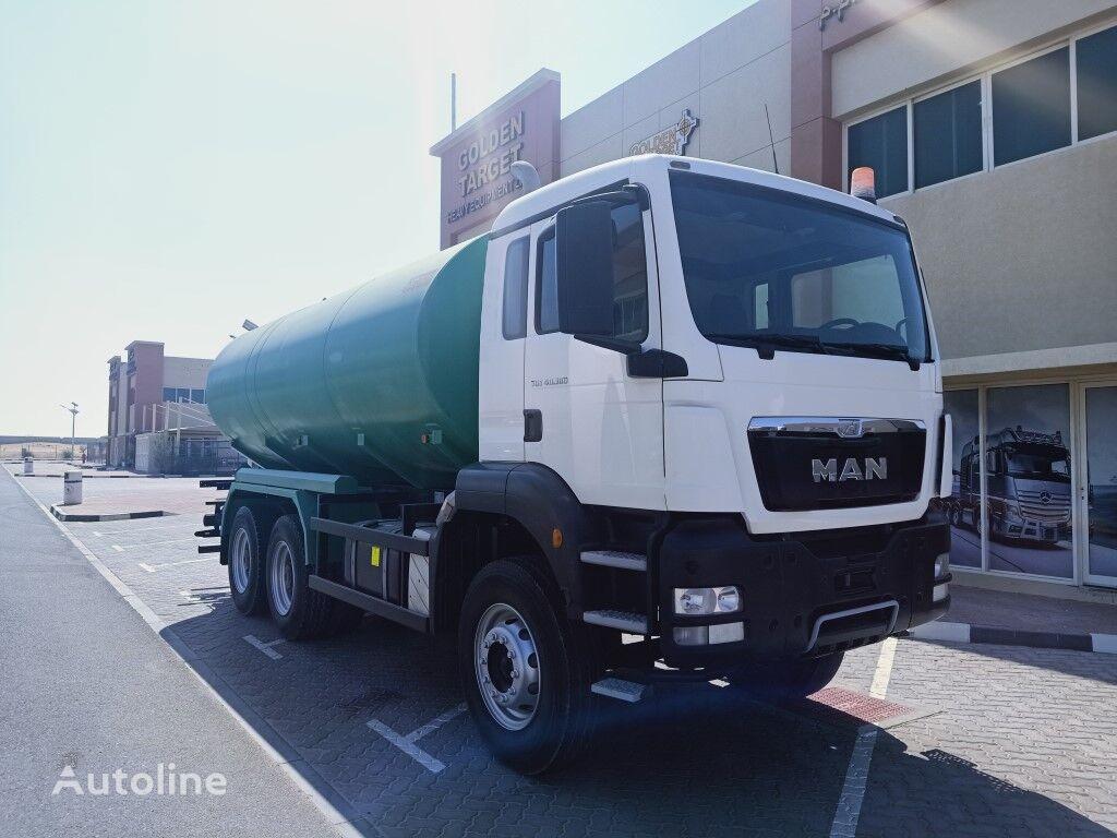 camion-citerne MAN TGS 40.360