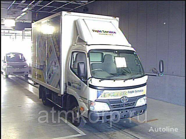 camion fourgon TOYOTA DYNA  XZU308