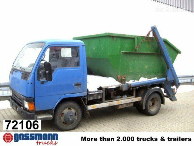 camion multibenne MITSUBISHI Canter