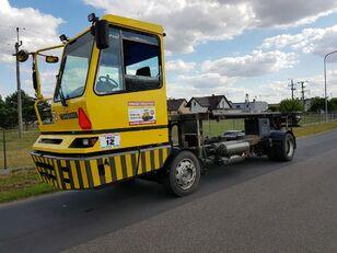 camion porte-conteneur TERBERG BC182