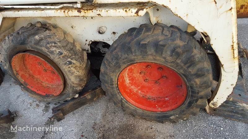 pneu pour mini-chargeur JANTES BobCat