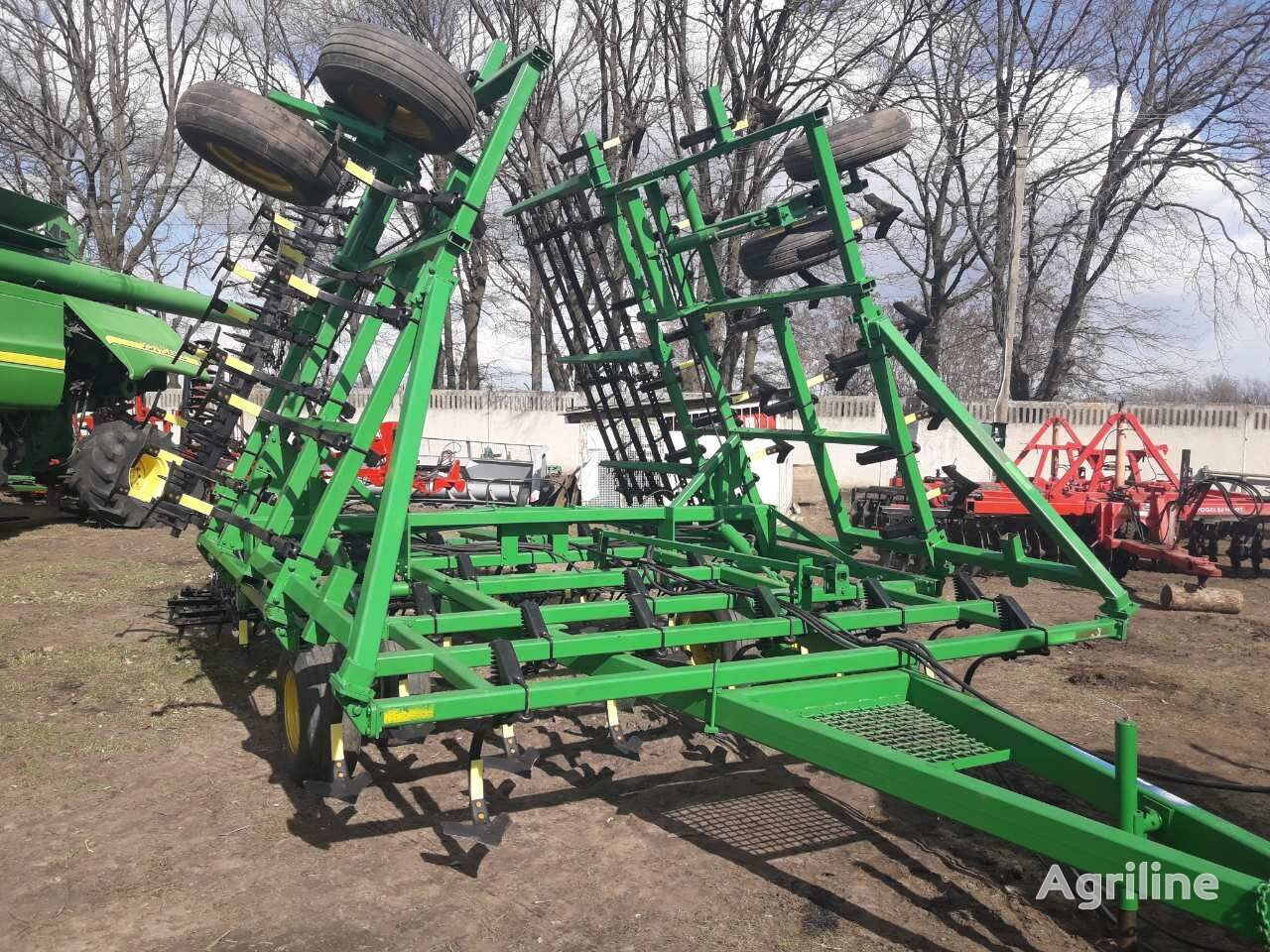 cultivateur JOHN DEERE 960  8,5m pod 190l.s. Otsrochka oplaty!!!