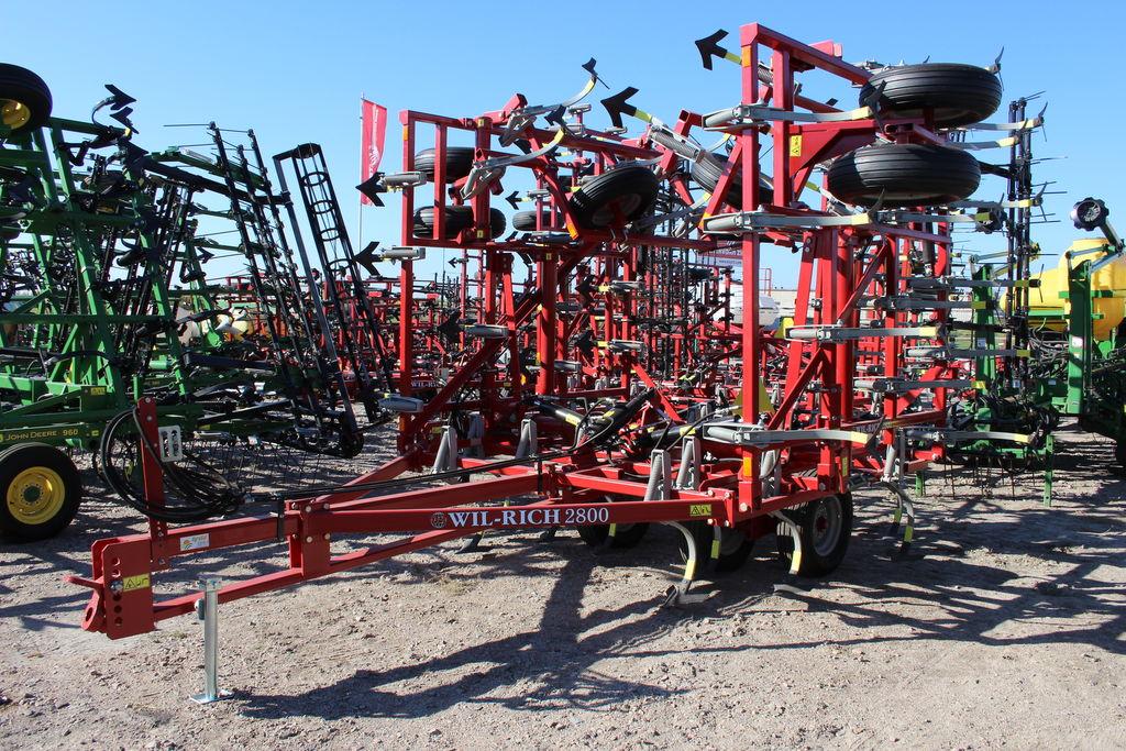 cultivateur WIL-RICH 2800 5 sekciy