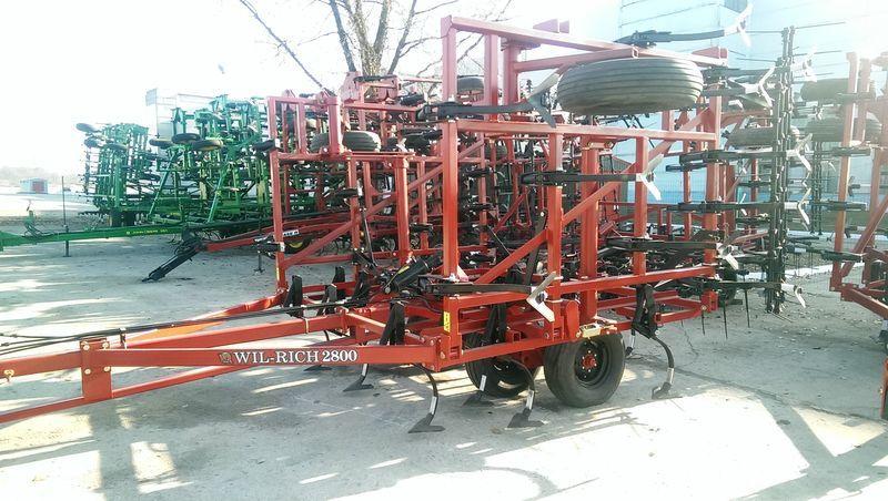cultivateur WIL-RICH 2800 + Katki