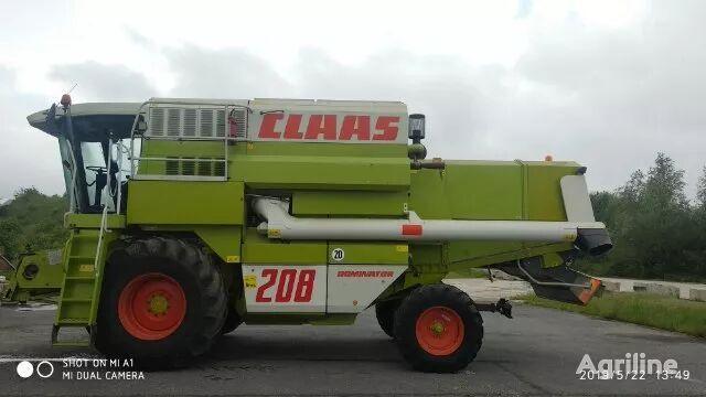 moissonneuse batteuse CLAAS Mega 208