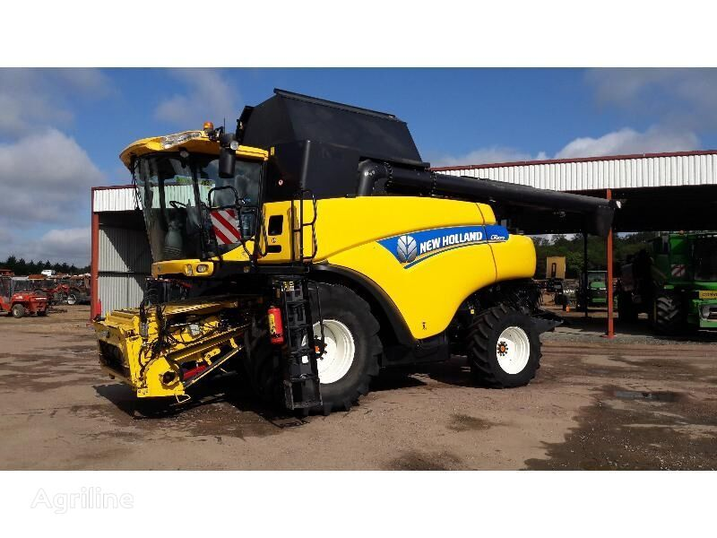 moissonneuse-batteuse NEW HOLLAND MOISS - BATT NEW-HOLLAND CR 9070