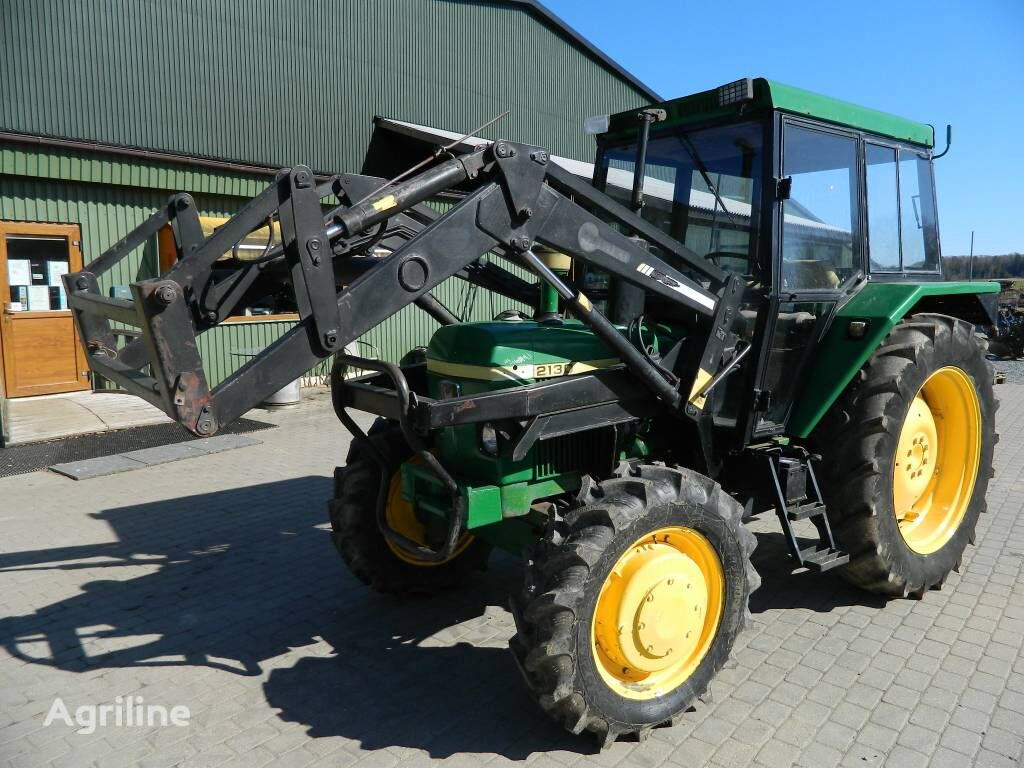 tracteur à roues JOHN DEERE 2130