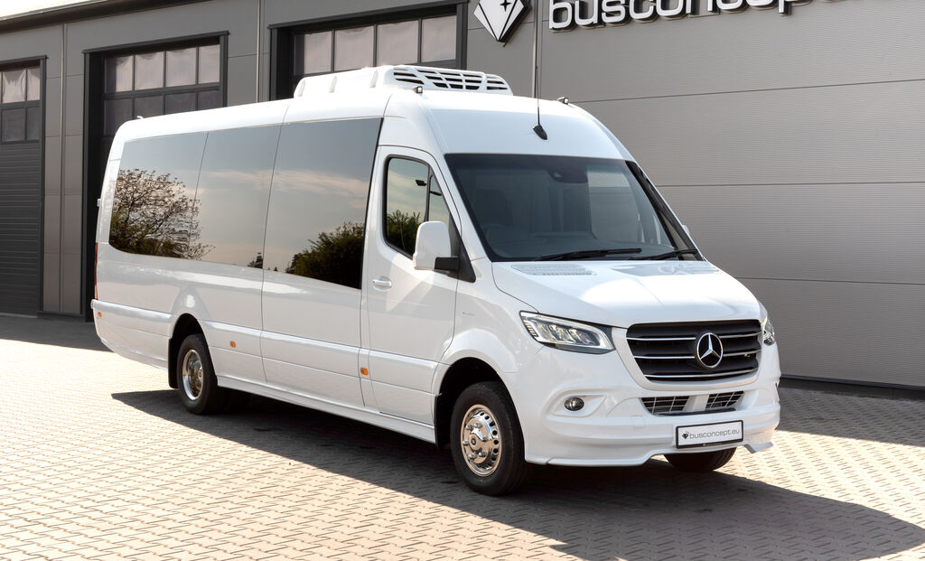 minibus de passager MERCEDES-BENZ Sprinter 516 8 m BIG BOOT 16 +1 Right Hand Drive, ON STOCK neuf