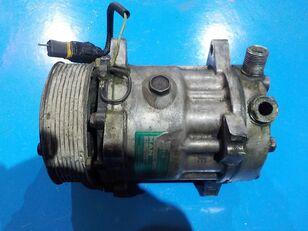 compresseur de climatisation MAN Компрессор системы кондиционирования (Уценка) pour tracteur routier MAN