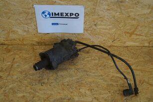 cylindre récepteur d'embrayage KNORR-BREMSE CLUTCH SERVO pour tracteur routier VOLVO FH FM / RENAULT DXI