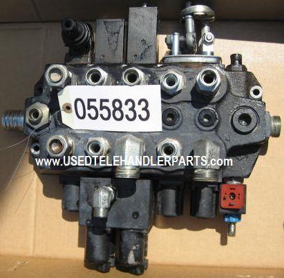 distributeur hydraulique pour matériel de manutention MERLO