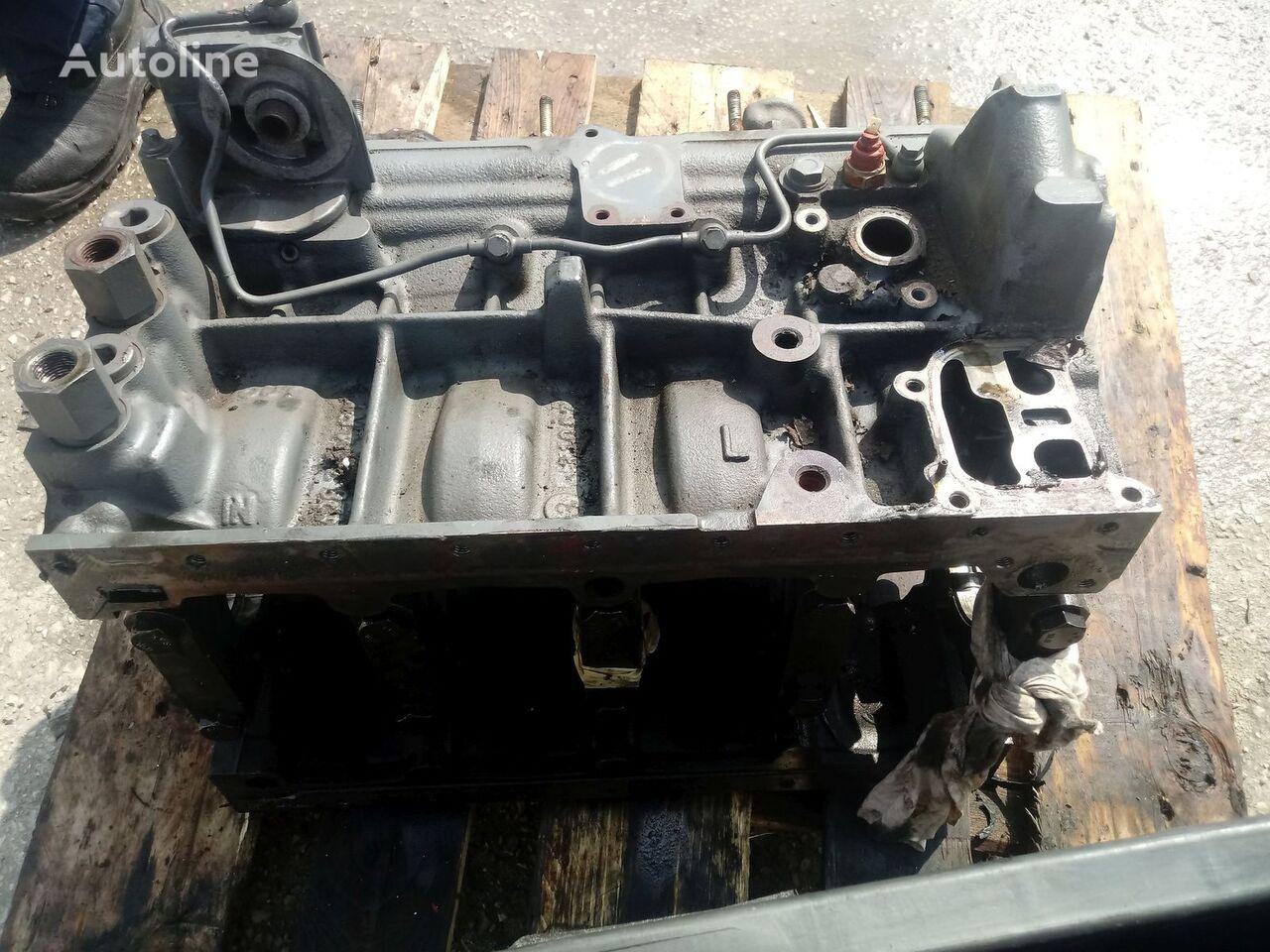 moteur DEUTZ F4M 2011 pistons cylinders connecting rod block Na części pour camion