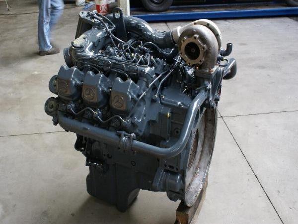 moteur MERCEDES-BENZ OM 441 LA pour camion MERCEDES-BENZ OM 441 LA