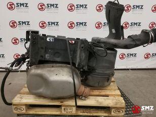 pot d'échappement IVECO Occ Uitlaatdemper batterijbak en luchtfilterhuis (41272365) pour camion
