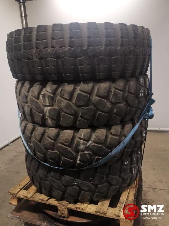 pneu de camion Uniroyal Diversen
