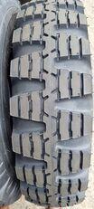pneu de camionnette Camac 9.00-16 Nato military profile neuf