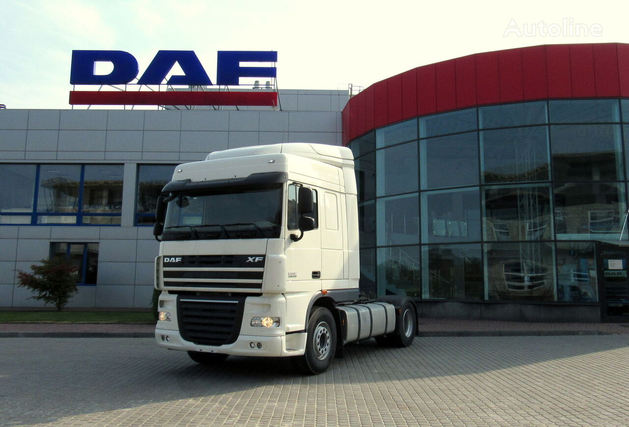 tracteur routier DAF XF 105 460 neuf