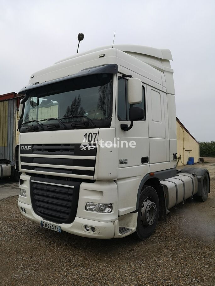 tracteur routier DAF XF 105.460 Super Space CAB