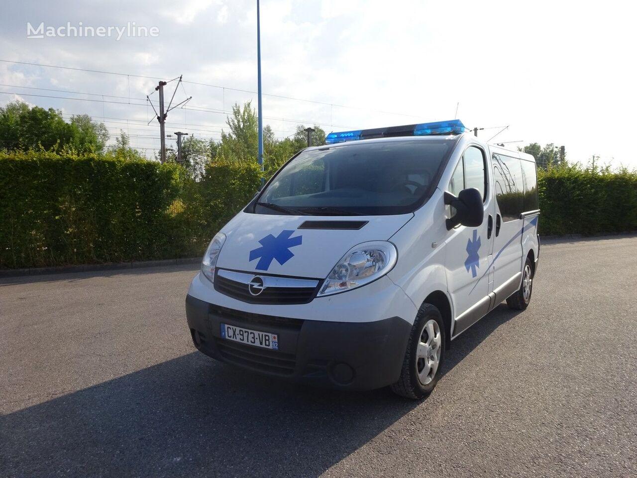 ambulance OPEL VIVARO L1H1 115 CV 2013